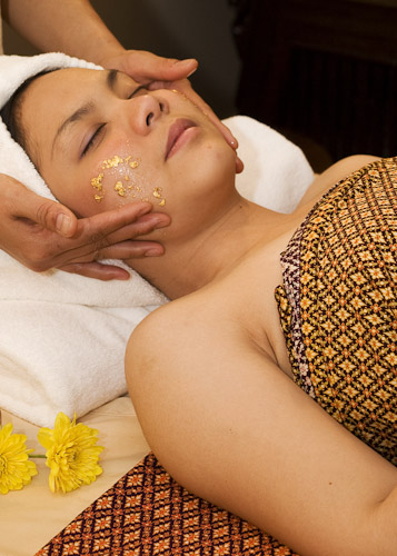 aroma gold facial treatment1